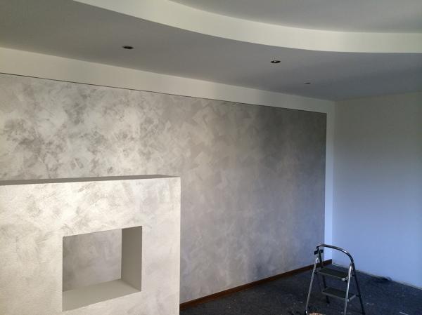 Foto tinteggiatura bianca con velatura argento - Pitture decorative moderne ...