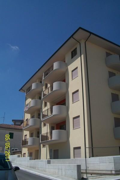 Foto Vista Angolare Via Catania Via Martiri Dungheria Di Studio