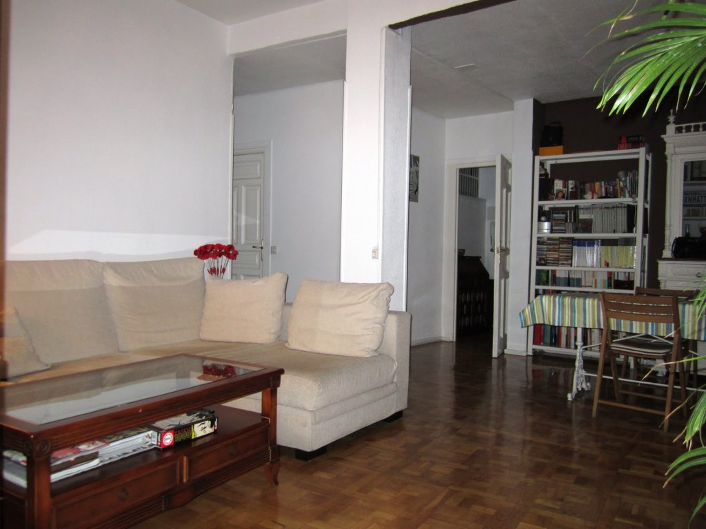 Come integrare una colonna nell 39 arredamento di casa idee - Como decorar una columna en el salon ...