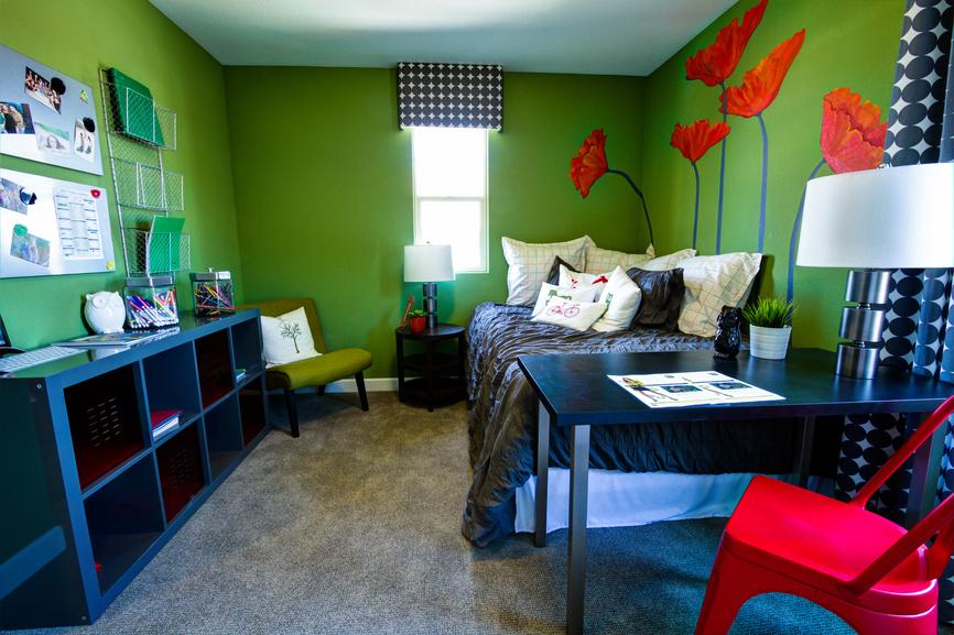 Come arredare la camera da letto di un adolescente idee for Idee per arredare stanza da letto