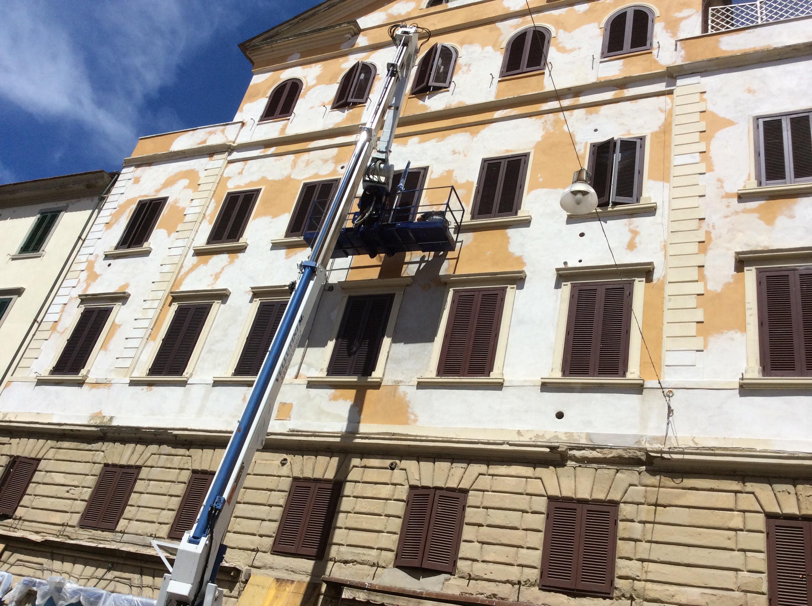 Progetto ristrutturazione facciata edificio idee for Idee ristrutturazione