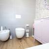 bagno moderno con vasca