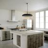 Cucina in muratura con grande isola