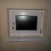 Fornitura di una finestra ad anta ribalta