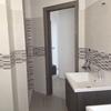 il nuovo bagno con doccia, vasca e doppio lavandino