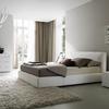 illuminazione diversificata per camera da letto