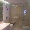 parete doccia con porta centrale
