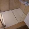 Piatto doccia in corian bagno sotto tetto.