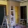 Foto: strutturazione di interni:  mobili in pseudo muratura e cartongesso