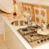 vista cucina e vasca idromassaggio