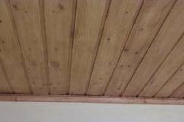 Realizzare controsoffitto in legno habitissimo for Controsoffitto in legno