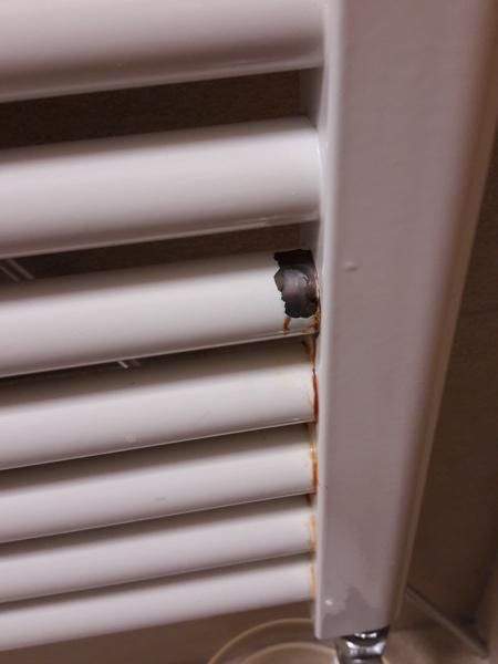 Come riparare la perdita su 1 elemento di un radiatore?