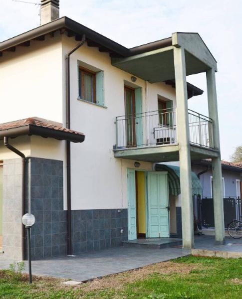 Quanto costa ripitturare la facciata esterna di una casa?