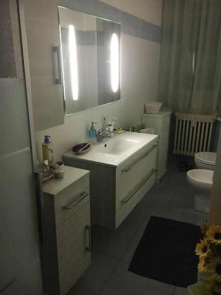 Quanto costa il montaggio di un mobile bagno più allaccio idraulico?