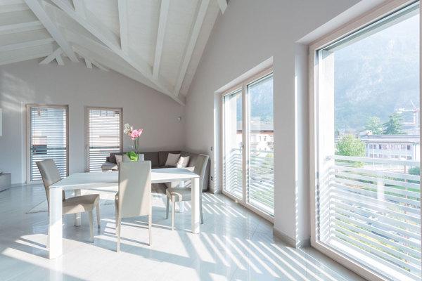 Quale è il miglior materiale per isolare il soffitto dal caldo e freddo?