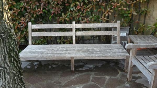 Preventivo verniciare legno varese online habitissimo - Mobili giardino varese ...