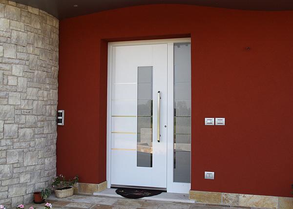 Quanto costa una porta ingresso vetro con profili in pvc ...