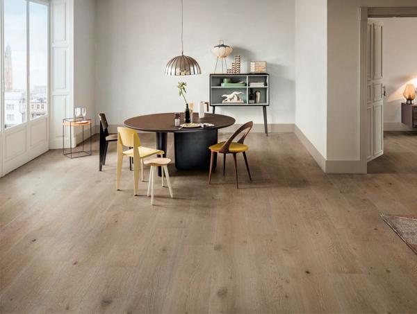 Prezzo medio levigatura parquet habitissimo for Scuri in legno costo