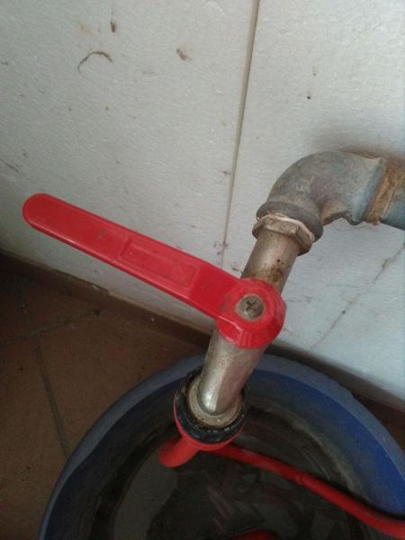 Come faccio a capire la misura in pollici di un rubinetto?