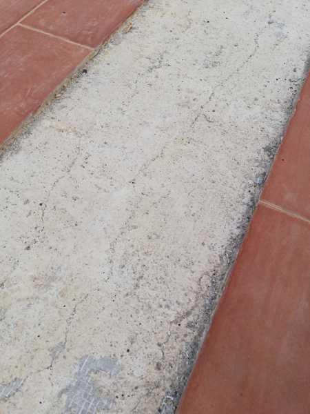 Come riparare la pavimentazione in terrazza?