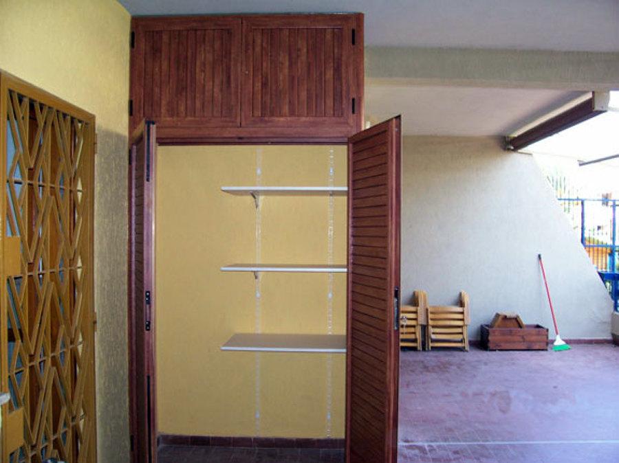 Armadio da balcone su misura orbassano torino for Mobili in alluminio per esterni