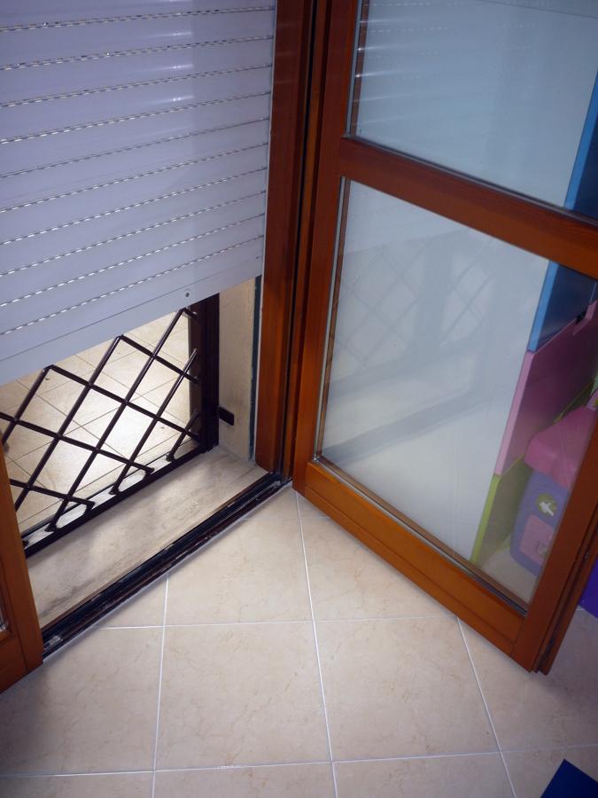 Porta finestra in legno 2 ante h 220 fascia fissa h100 roma roma habitissimo - Porta finestra in legno ...