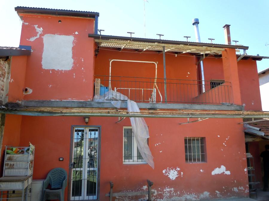 Dipingere facciata piozzo cuneo habitissimo - Facciata casa colori ...