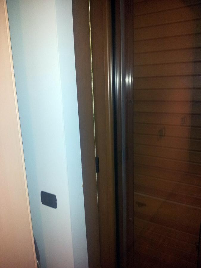 Isolamento porta finestra in alluminio cesate milano - Prezzo finestra alluminio ...
