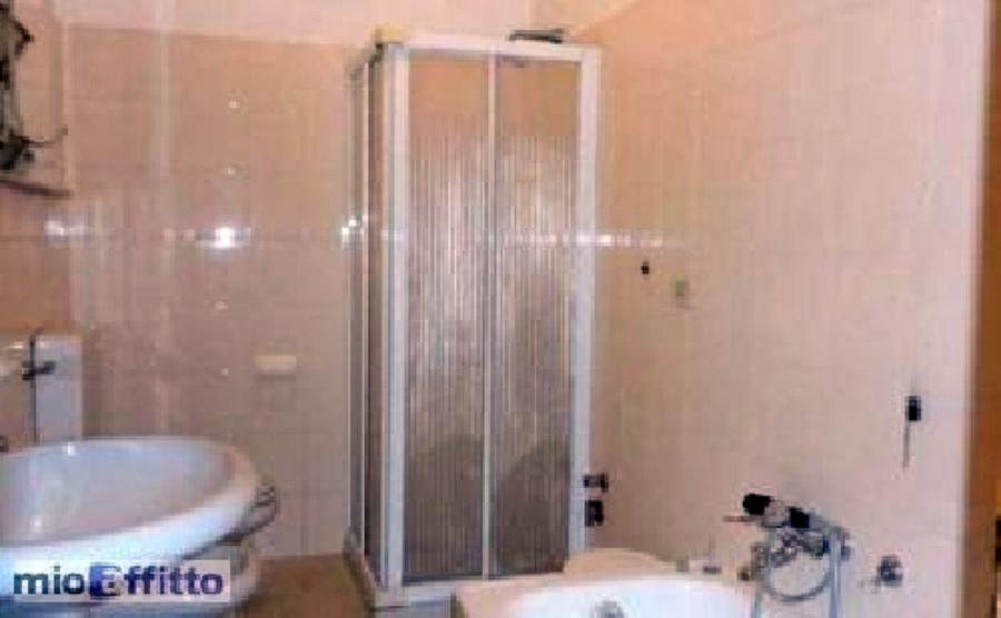 Ristrutturare bagno fidenza parma habitissimo - Devo rifare il bagno ...