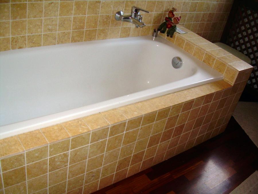 Sosttituzione vasca con box doccia e risistemazione bagno - Azzago (Verona)  Habitissimo