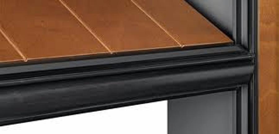 Tecnico per mauntenzione porta basculante silvelox - Prezzo porta basculante garage ...