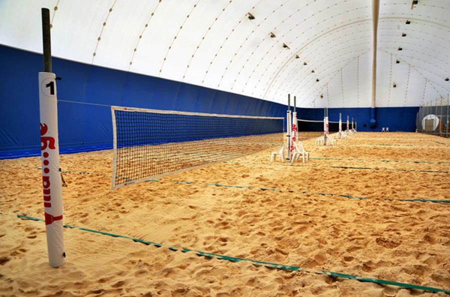 Realizzare campo sportivo beach tennis chieti scalo for Piani di casa con campo sportivo al coperto