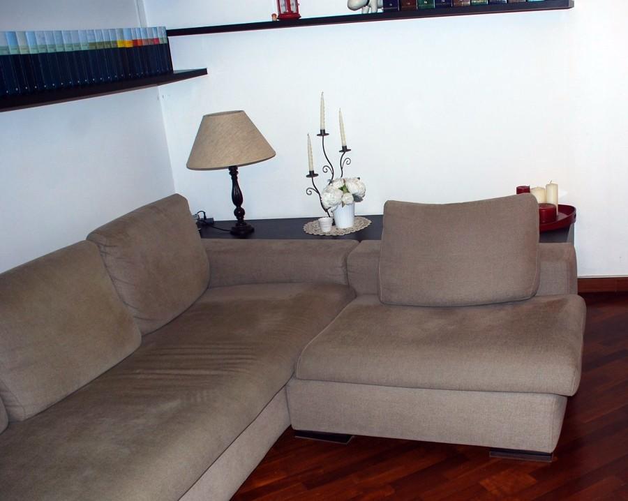 Rivestire divano milano milano habitissimo for Rivestire divano