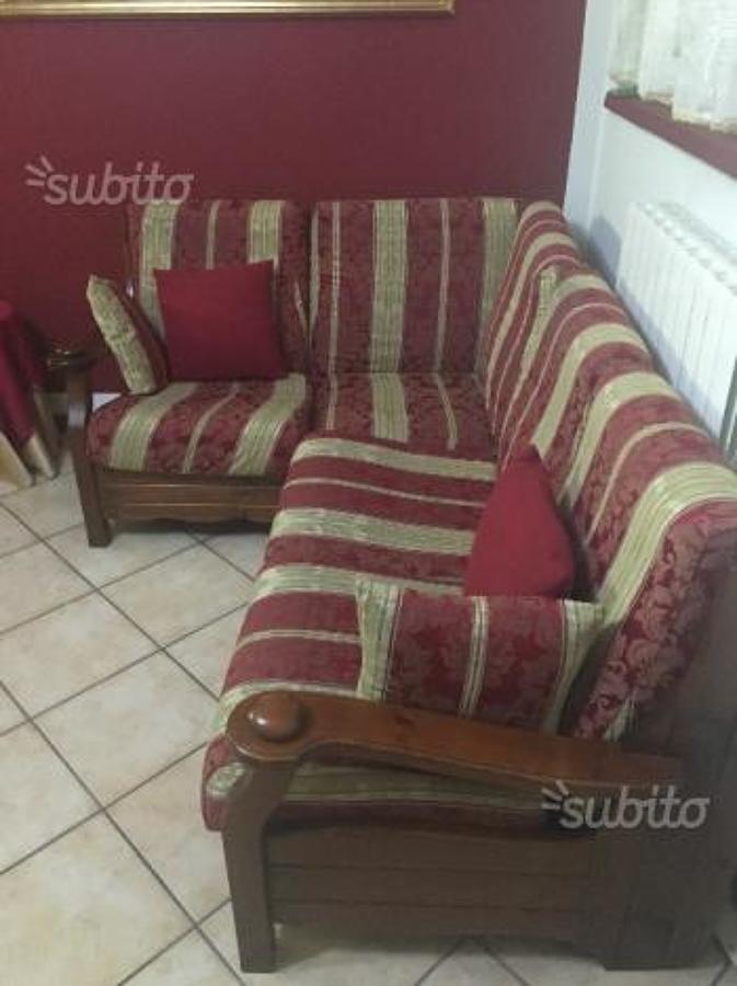 Rivestimento cuscini divano angolare casorate primo - Tappezzare divano ...
