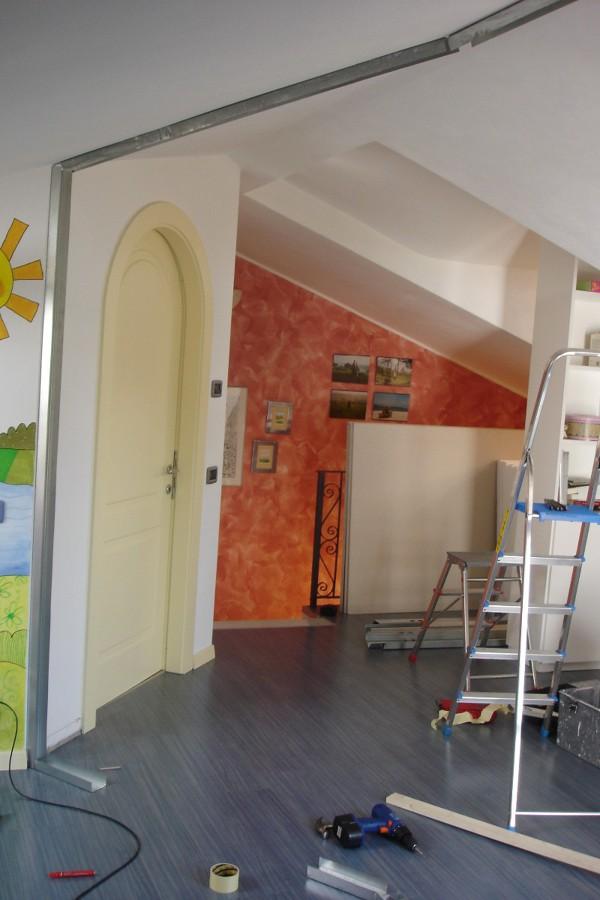 Realizzare parete in cartongesso per chiudere vano scala - Prezzo parete in cartongesso ...