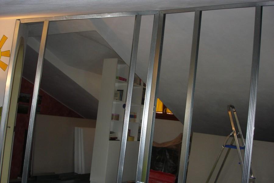 ... per lavori di Realizzare parete in cartongesso per chiudere vano scala