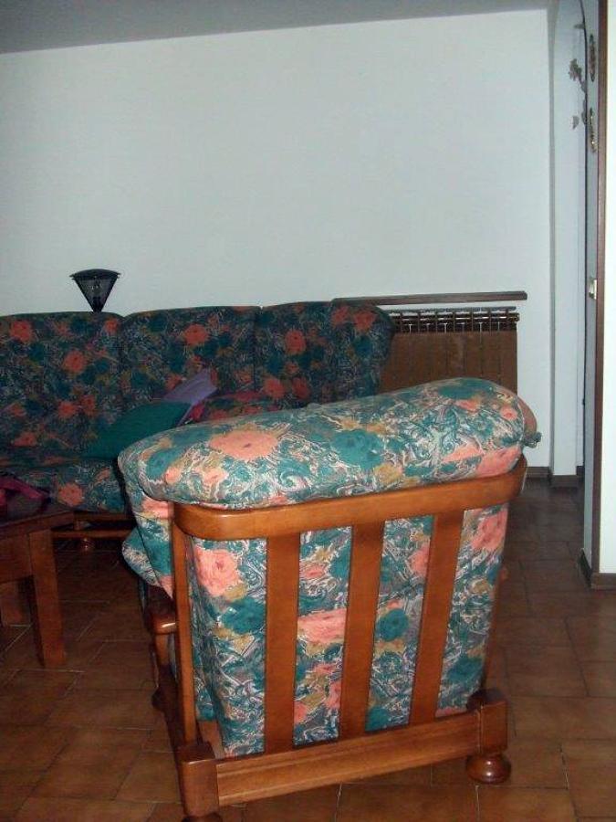 Rivestire divano edolo brescia habitissimo for Rivestire divano