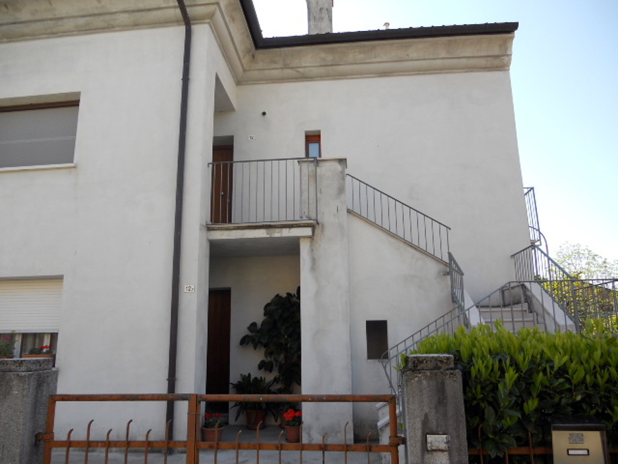 Tinteggiare pareti esterne conegliano treviso - Tinteggiare casa esterno ...