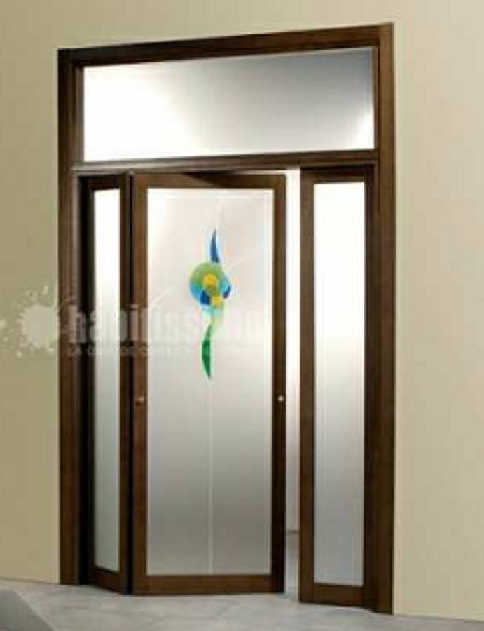 Installare porta a soffietto in legno di pino e vetro - Porta a soffietto in vetro ...
