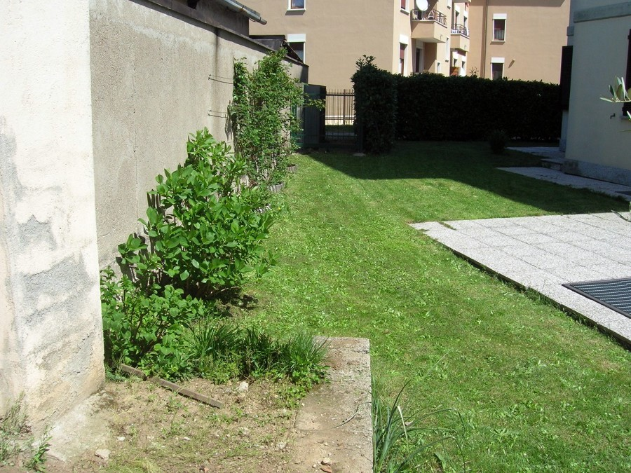 Progettare giardino casbeno varese habitissimo - Mobili giardino varese ...