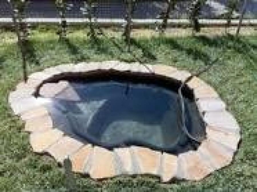 Costruire laghetto prefabbricato o in pvc vittorio for Costruire laghetto in giardino