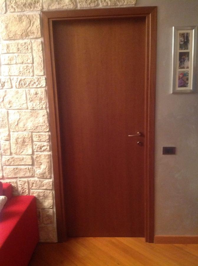 Verniciature porte interne e cassonetti infissi mozzo bergamo habitissimo - Colore porte interne e infissi ...