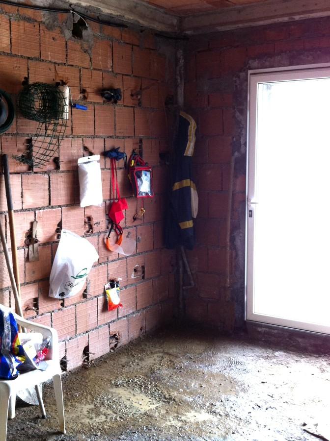 Preventivo impermeabilizzazione pavimento del garage for Prezzo del garage 16x20