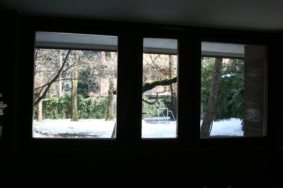 Installare vetri antisfondamento oscurati su finestre in - Vetri oscurati casa ...