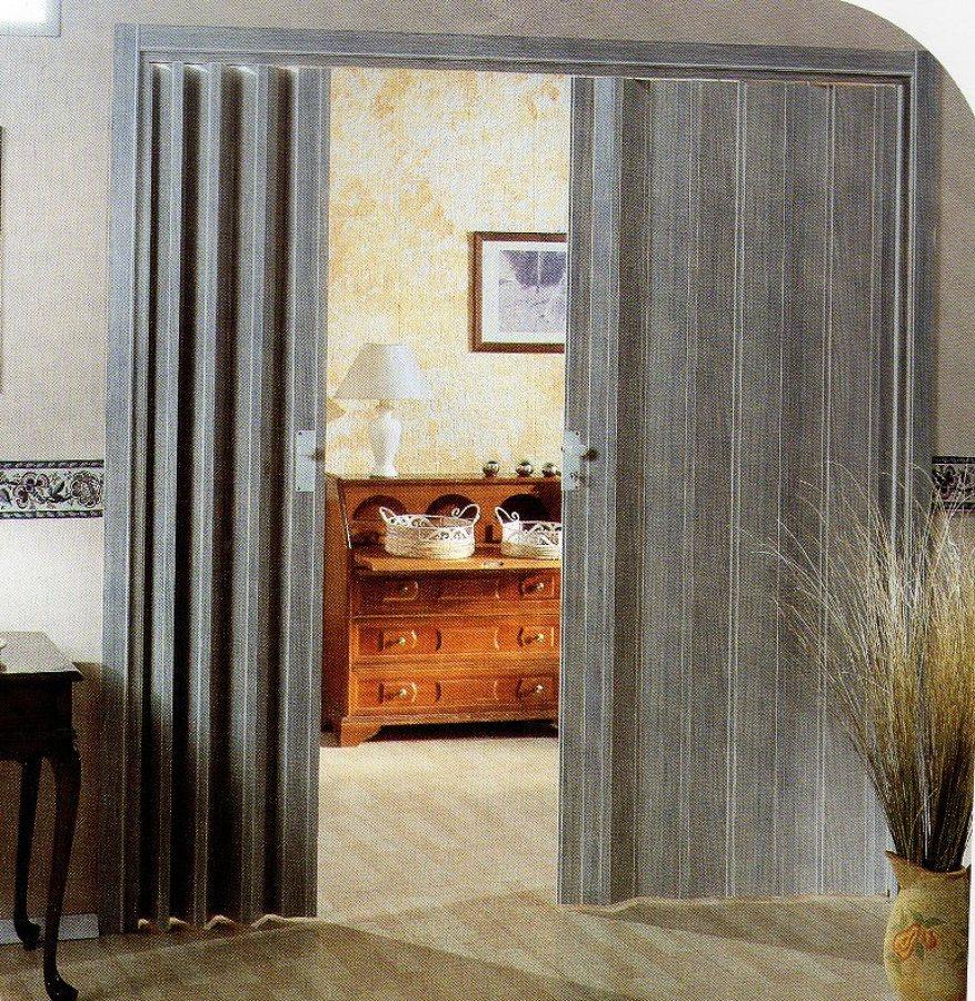 Installare porta a soffietto su misura con pannelli trasparenti sforzesca pavia habitissimo - Porta a soffietto prezzo ...