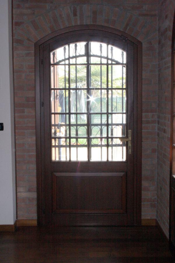 Porte finestre ad arco ribassato preganziol treviso - Vi girano porte e finestre ...
