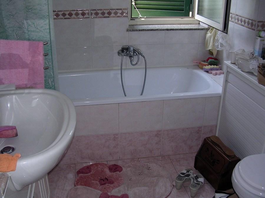 Cambiare vasca da bagno in doccia calvizzano napoli - Altezza vasca da bagno ...