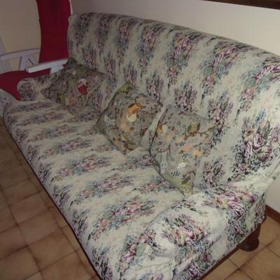 Rifoderare i cuscini i sei cuscini del divano in stile segrate milano habitissimo - Cuscini divano on line ...