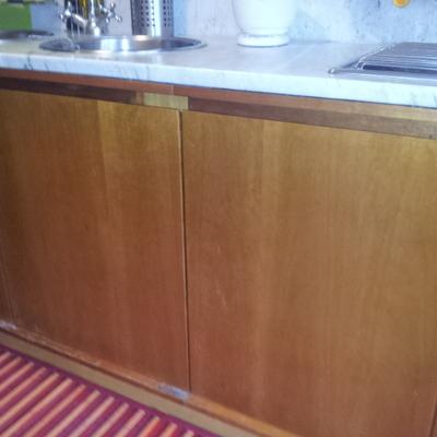 Laccare ante e cassetti dei mobili della cucina in - Laccare ante cucina ...