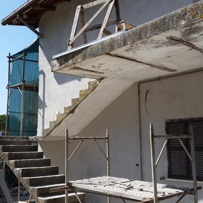 Demolizione di una scala esterna in cemento pietralata roma roma habitissimo - Scale in cemento armato ...